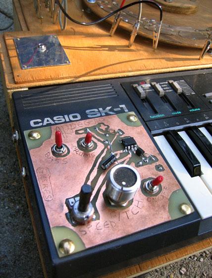 circuit bent casio-sk-1-gijs