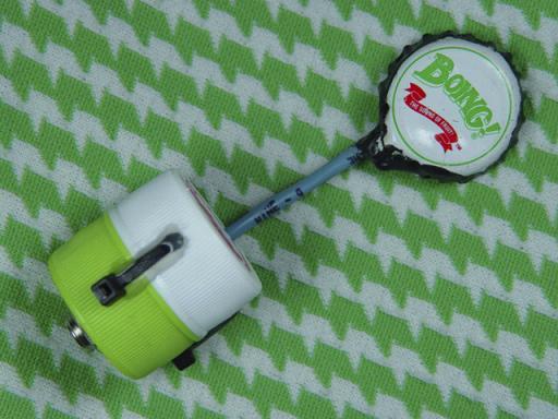 Single Creme DeMentia Bottle-Cap Contact Microphone