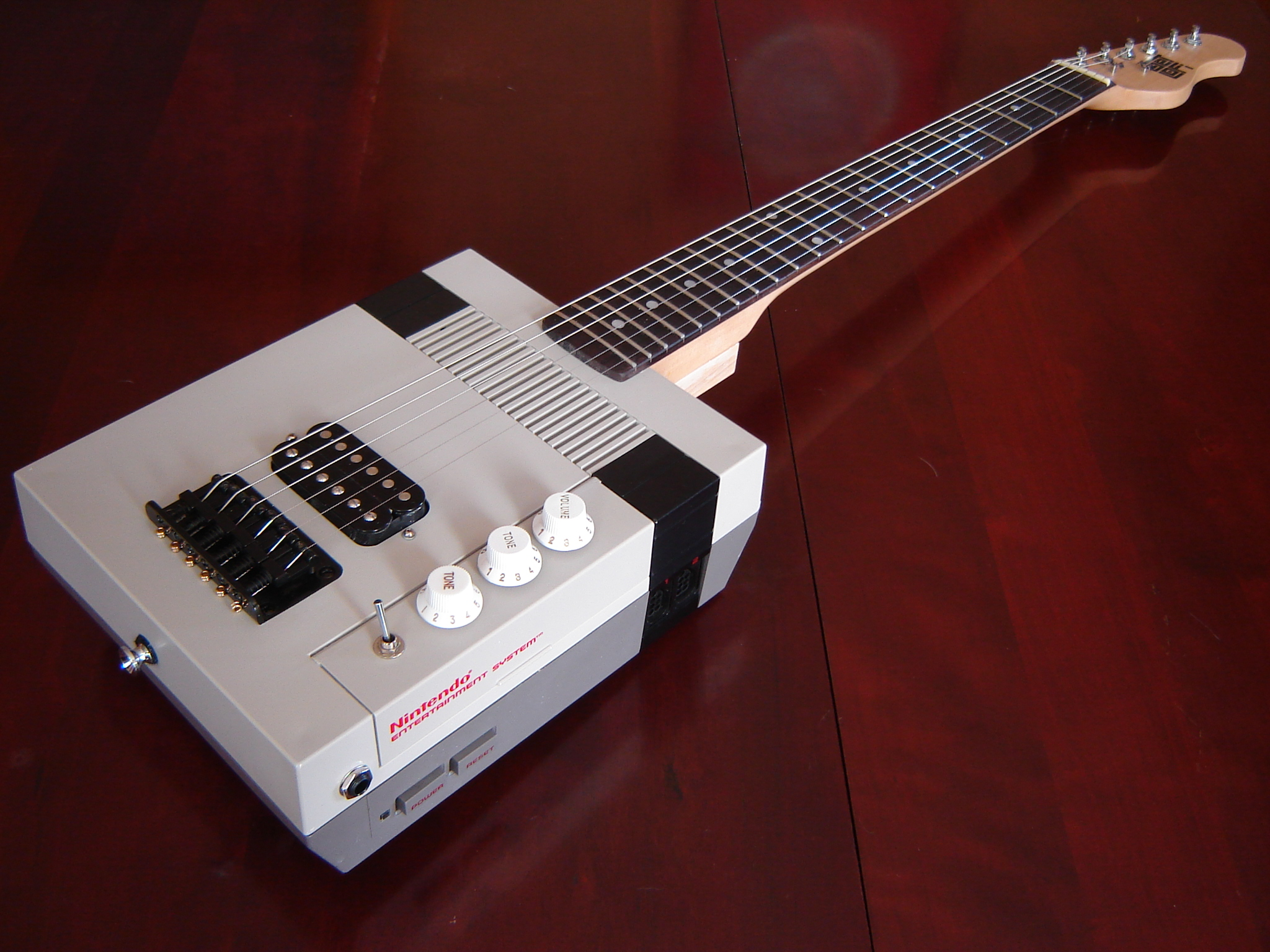 Nes_Guitar_Number_15.jpg